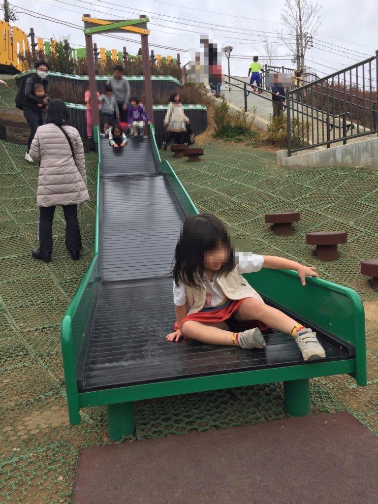 広町みらい公園の滑り台(大きいほう)